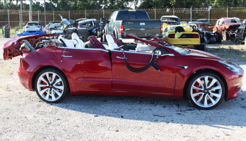 Autopilot engaged when Tesla 3 crashed into a truck, killing driver